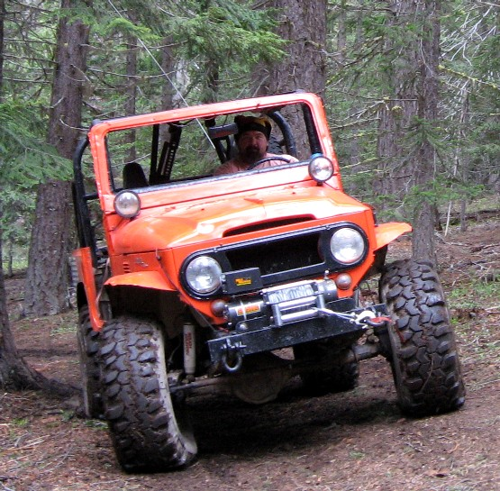 FJ40-Orange-Mile-Marker-Winch